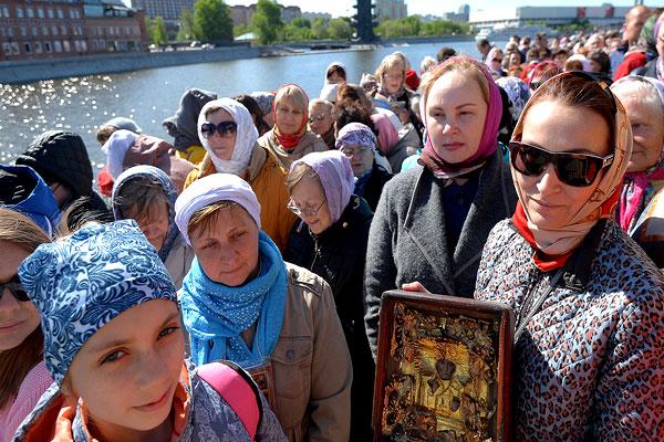 Мощи святого Николая в Москве