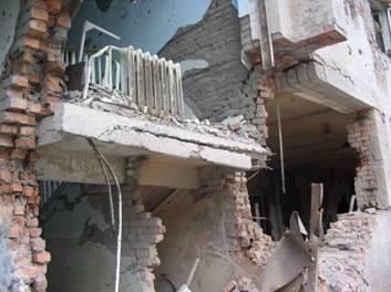 Разрушенная школа в Беслане