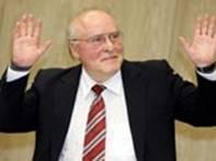 Суд Маннхайма приговорил 67-летнего Эрнста Цуэндела, отрицающего Холокост к лишению свободы сроком на пять лет