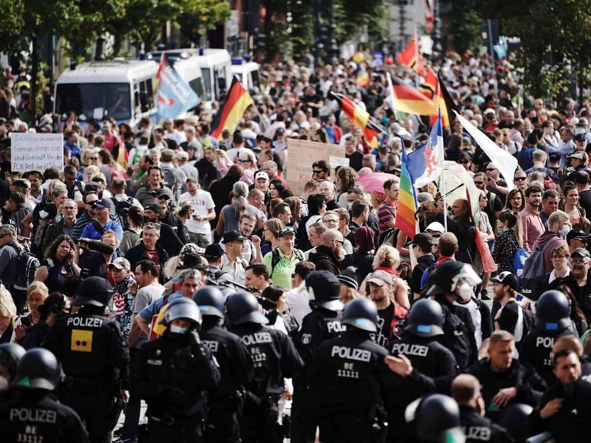 Протест в Германии. Массовый митинг в Германии