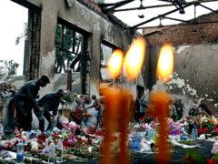 Захват террористами школы в Беслане. При штурме 3 сентября погибло 332 человека