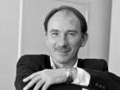 Сергей Губанов: «Компрадорский режим держится наволоске истории»