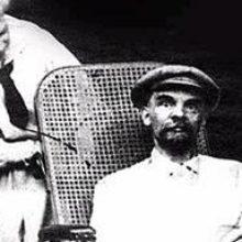 Умер Ленин от сифилиса мозга, впав в безумие