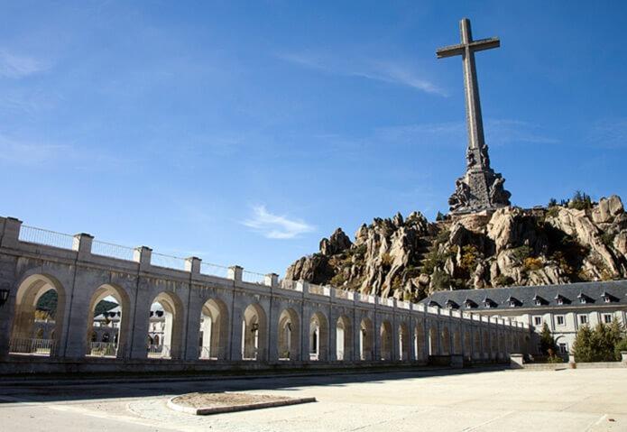 Мемориал Франко в Долине Павших. Перезахоронение Франко
